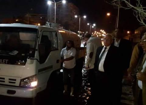 محافظ بورسعيد يتفقد أعمال رفع تراكمات مياه الأمطار من الشوارع