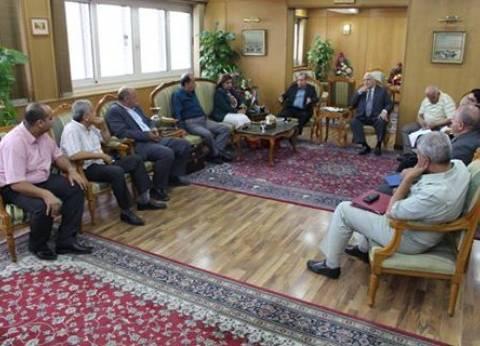 محافظ دمياط يقرر عقد لقاء شهري مع النواب لحل مشاكل المواطنين