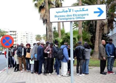 إخلاء مخيم يعيش به 450 مهاجرا في فرنسا
