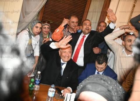 """أمين الشباب بـ""""كلنا معاك"""" يهنئ أبو شقة بفوزه برئاسة الوفد"""