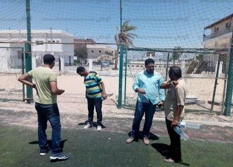 """مدير """"شباب ورياضة جنوب سيناء"""" يتابع إنشاء 11 ملعب قانوني وخماسي جديد"""