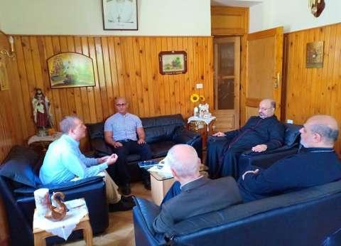 البطريرك إبراهيم إسحق يستقبل وفد هيئة الإغاثة الكاثوليكية الأمريكية