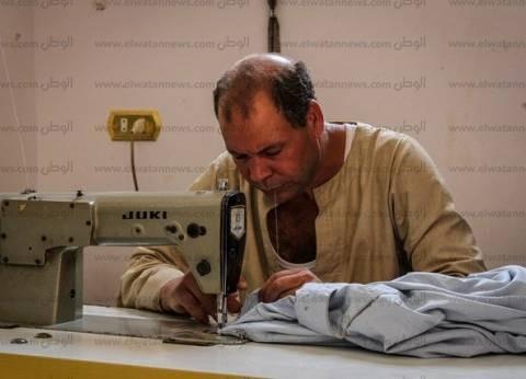 «الجلباب والبردة والزعبوط» لباس القناوية.. والترزية: الصين فشلت فى تصنيعه