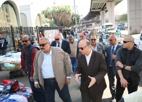 محافظة القاهرة تطالب بإزالة التعديات وتنظيم المرور بميدان الشهداء بحلوان