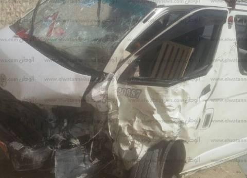 """مصرع شخص وإصابة 11 في انقلاب سيارة على طريق """"مطروح - إسكندرية"""""""