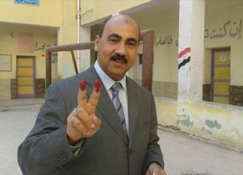 بالصور| رئيس جامعة الفيوم يدلي بصوته في الانتخابات الرئاسية