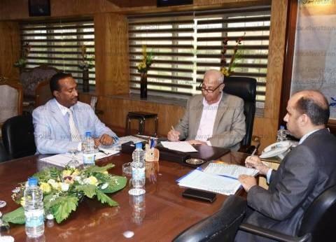 محافظ أسوان يعلن عن عقد الملتقى الأول للتوظيف بالمحافظة