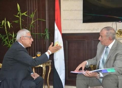 محافظ البحر الأحمر يبحث مع سفير نيبال سبل فتح أسواق سياحية جديدة