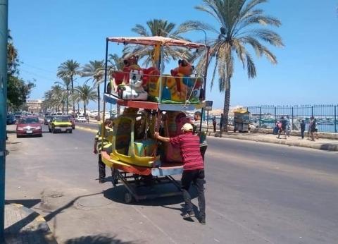 إزالة الإشغالات بطريق الكورنيش بجمرك الإسكندرية