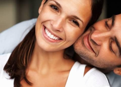 دراسة بريطانية: المرأة تفضل الرجل الكريم عن الغني
