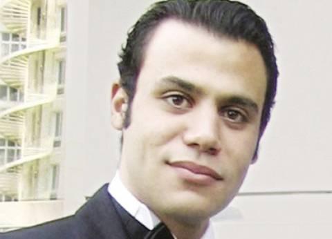 """محمد إمام ناعيا الراحل محمد خان: """"البقاء لله في وفاة الأستاذ"""""""