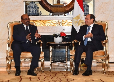 اللجنة العليا بين مصر والسودان تنطلق اليوم فى الخرطوم بمشاركة «السيسى» و«البشير»