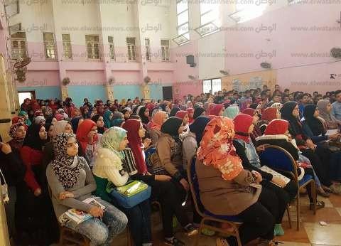 كلية الدراسات الإسلامية بالسادات تمنع الزي المخالف للطالبات