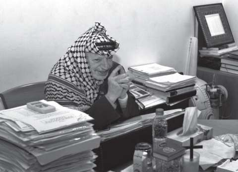 """رفع اسم """"ياسر عرفات"""" من على أحد شوارع بلدة عربية في إسرائيل"""