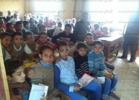 أولياء أمور طلاب قرية جزيرة الشافعي يشكون تكدسهم بالمعهد الديني