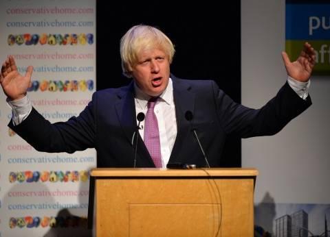 """وزير خارجية بريطانيا ينتقد قانون """"الجمعيات الأهلية"""""""
