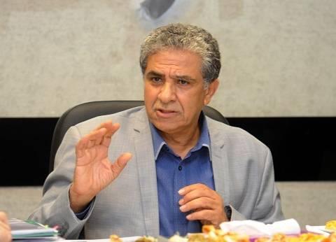 وزير البيئة يبحث تحصيل رسوم مخلفات المنازل إلكترونيا