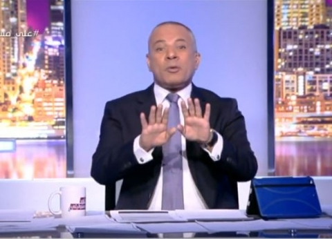 """أحمد موسى: """"الناس بتغني قدام اللجان عشان بيشاركوا في استقرار بلدهم"""""""