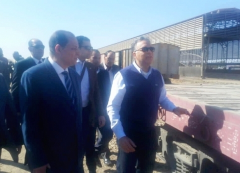 غدا.. وزير النقل يتابع معدلات تنفيذ برج إشارات محطة مغاغة بالمنيا
