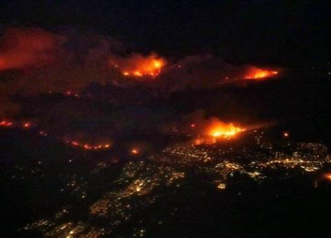 10 حرائق في قنا بسبب العاصفة الترابية