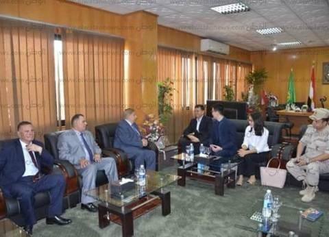 بالصور| محافظ الإسماعيلية يستقبل القنصل العام للصين بالإسكندرية