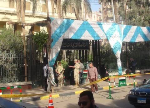 محافظ البحر الأحمر يتفقد لجان الانتخابات ويتابع الحالة الأمنية