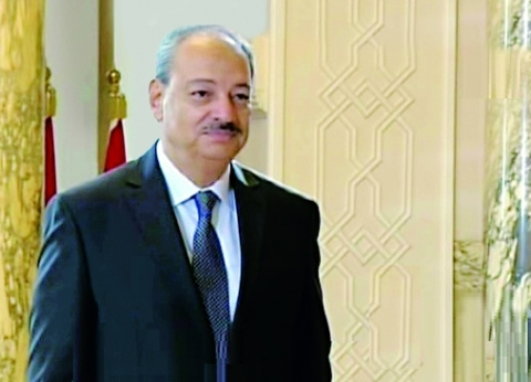 النائب العام يتابع تحقيقات حادث حريق قطار محطة مصر