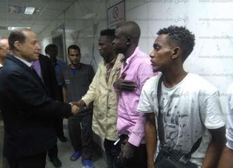 بالصور| نائب محافظ أسوان يزور المصابين السودانيين في المستشفى الجامعي