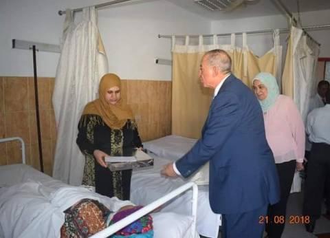 محافظ البحر الأحمر يهنئ العاملين بمستشفى الغردقة العام بعيد الأضحى