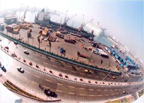 138 سفينة على أرصفة ميناء الإسكندرية