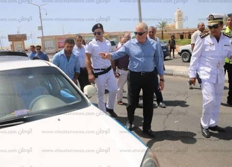 """""""مرور أسوان"""" يدفع بسيارات بديلة لمواجهة إضراب سائقين لرفع الأجرة"""