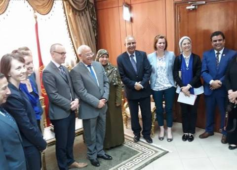 محافظ بورسعيد يستقبل وفد الوكالة الأمريكية للتنمية الدولية