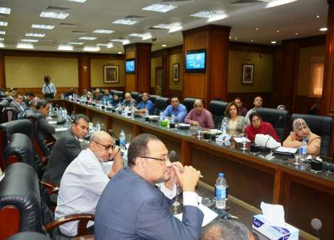 لجنة لبحث إنشاء مستشفى لعلاج أمراض الدم وسرطان الأطفال بسوهاج