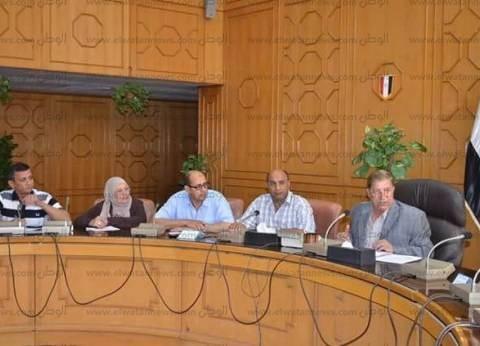 محافظ الاسماعيلية يصدر قراراً بتشكيل لجنة لمتابعة توافر السلع الأساسية