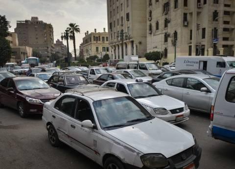 مواطنون: «هترحمنا من مشاكل السيارات التقليدية وتنهى أزمات الصيانة فى التوكيلات»