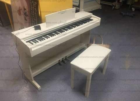 """""""بيانو"""" لتعليم أطفال السرطان الموسيقى بمركز أورام المنصورة"""