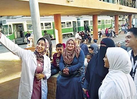 طلاب علوم يحاربون فيروس «سى» فى الإسكندرية بـ«البالطو الأبيض»