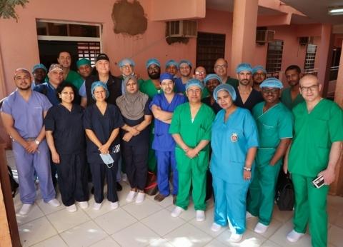بالصور| قافلة علاجية لأطباء جامعة عين شمس بالعاصمة السودانية