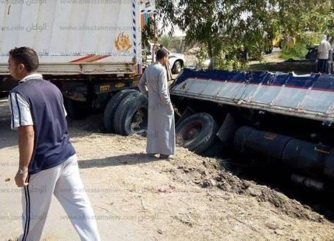 """إصابة 8 في حادث انقلاب سيارة بالترعة على طريق """"كفر العرب - الشناوي"""""""