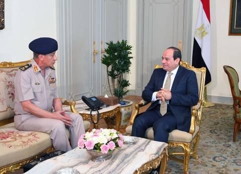 السيسي يستقبل وزير الدفاع والإنتاج الحربي