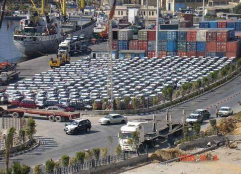رضا الغندور: نشاط في حركة السفن والبضائع بميناء الإسكندرية