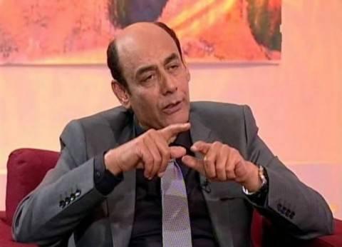 """أحمد بدير يحصل على دكتوراه فخرية عن """"الفن الراقي"""""""