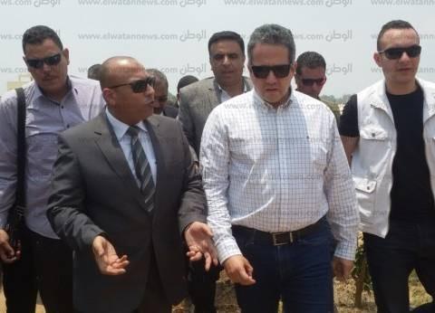 اليوم.. وزير الآثار يتابع تجهيزات متحف آثار سوهاج تمهيدا لافتتاحه