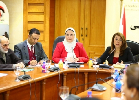 «الوزراء» يرصد توصيات 18 جهة بحثية لدعم المجتمع المدنى قبل إقرار قانون «العمل الأهلى»