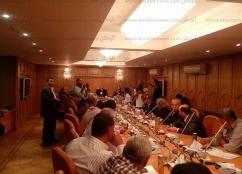 محافظ قنا يعقد اجتماع مجلس إدارة المناطق الصناعية