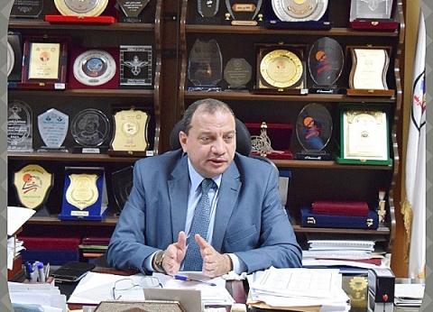 رئيس جامعة بني سويف يعلن ميكنة بيانات الخريجين