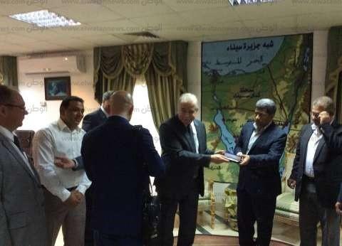 محافظ جنوب سيناء: الوفد الروسي يشيد بالمنظومة الأمنية بشرم الشيخ