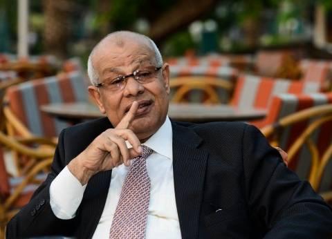«عبدالرحمن»: أؤيد تعديل مواد «الرئاسة والبرلمان والرقابة والنائب العام»
