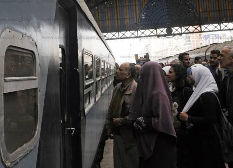 القبض على عاطل بتهمة ترويج أوراق مالية مزورة في محطة مصر