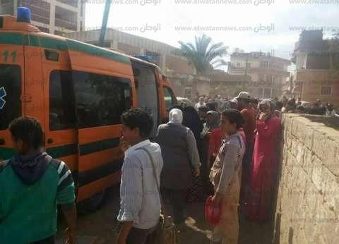 """""""الصحة"""": إصابة 12 مواطنا في حادث تصادم سيارتين بالمنيا"""